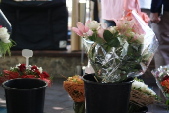 Marche aux Fleurs Cours Saleya Travel ( 6 ) Photography by Diana Serafini