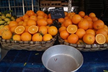 Marche aux Fleurs Cours Saleya Market ( 6 ) photography by Diana Serafini