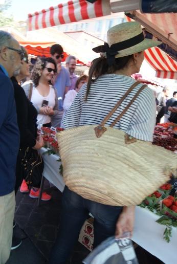 Marche aux Fleurs Cours Saleya Market ( 4 ) photography by Diana Serafini