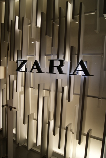 ZARA on Display VM 1 photo credit Diana Serafini